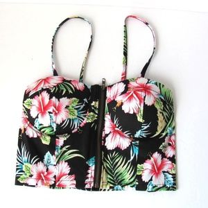 Tops - Floral Print Corset Style Top Size Small